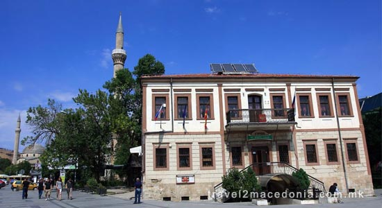 Jeni mosque
