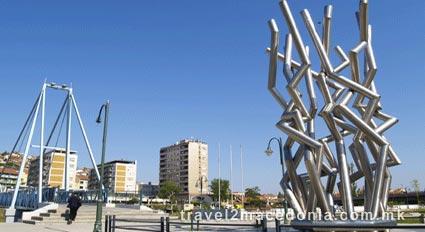 Gemidzii monument - Veles